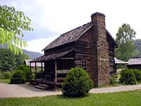 mountain farm museum oconaluftee