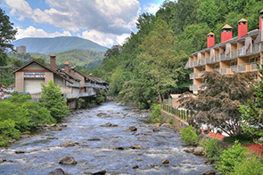 Gatlinburg River Inn